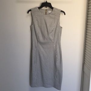Never worn too small no tag